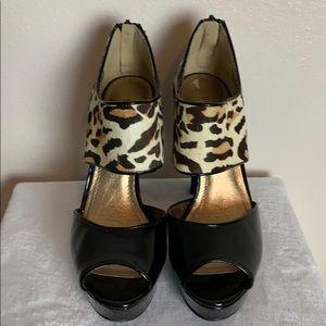 BCBGENERATION patent  leather animal print heel